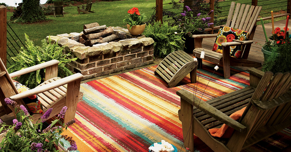 adirondack-chairs-and-rug